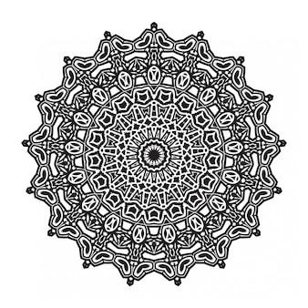 Декоративная мандала на белом фоне