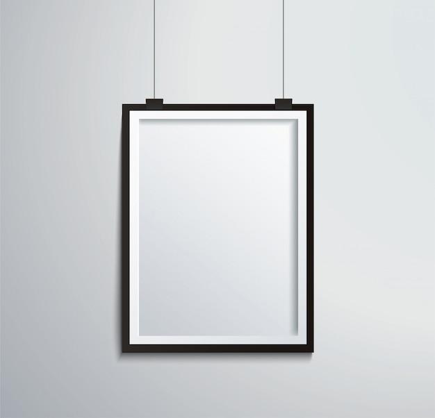 Изолированная рамка на стене