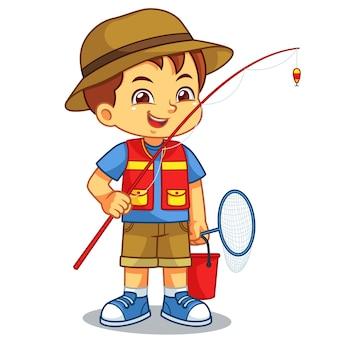 Мальчик готов к рыбалке на озере