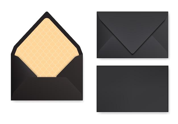 三角形フリップ付きの黒い封筒のモックアップ。正面図、閉じた状態と開いた状態の背面