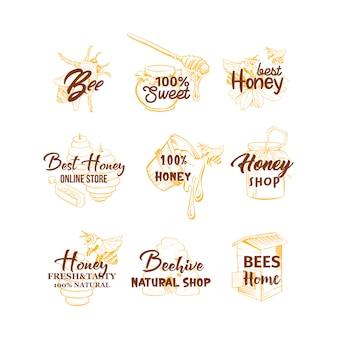 蜂蜜スケッチのロゴセット、蜂の巣、蜂蜜の瓶、バレル、ポット、スプーン、花の手の図面