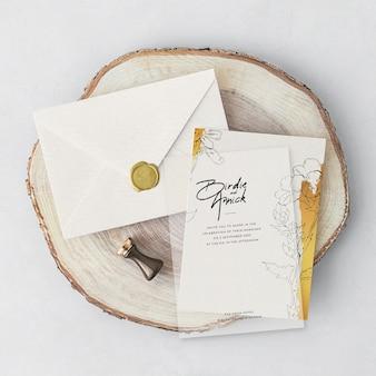 Красивое свадебное приглашение с конвертом