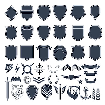 軍事バッジのための空の図形のセットです。陸軍の白黒のシンボル
