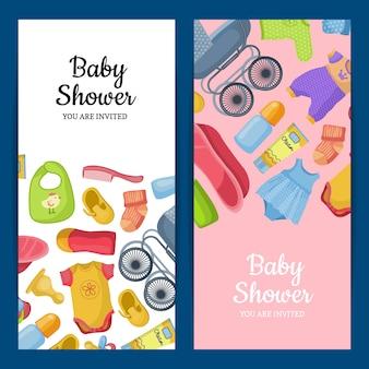 赤ちゃん用アクセサリーと衣類を含む垂直バナーまたはチラシ