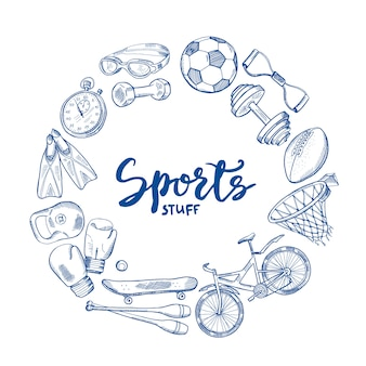 中心部でレタリングと手描きスポーツツールサークルコンセプト。機器スポーツスケッチ落書き、フィットネストレーニングイラスト