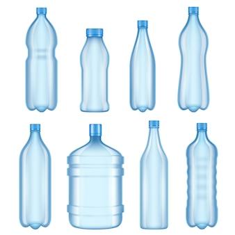 Прозрачные пластиковые бутылки. векторные иллюстрации бутылок для воды