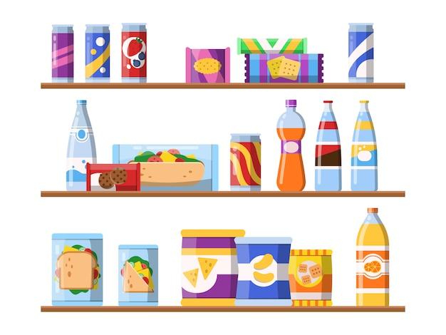 Напитки еду на полках. фаст-фуд закуски печенье и вода стоя на витрине мерчендайзинг плоских иллюстраций