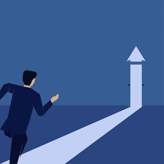 ビジネスマンはドアを開けるために走ると成功と成長の隠喩を成長させる矢印を作る。