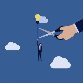 ビジネス手は、不公正な競争のアイデアバルーンメタファーと実業家フライのロープをカットしました。