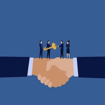 ビジネスマネージャーは、買収の他のメタファーの鍵を与えます。