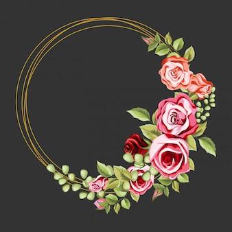 Декоративная круглая рамка с цветочным орнаментом и листьями