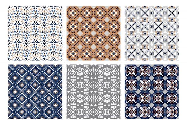 冬の部族のパターン。雪に覆われたファッション、かなりインド白と青のシームレスパターンセット、ベクトルイラスト