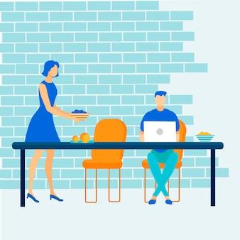 Человек фрилансер работает онлайн на ноутбуке в кафе