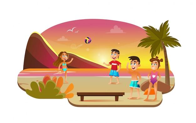 Девочка и мальчик играют в пляжный волейбол у моря