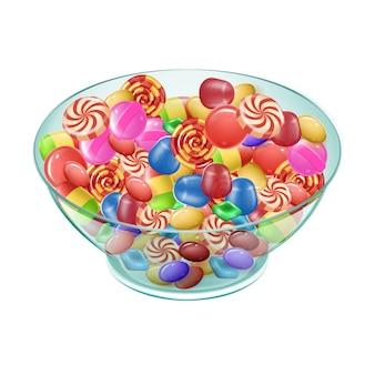Разноцветные конфеты разных сортов в тарелке на белом