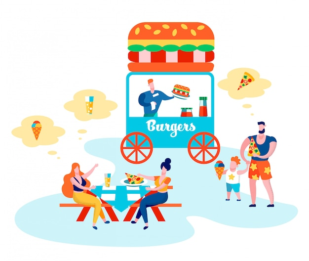Люди, едящие в общественном месте, родители и дети