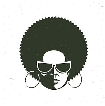 黒の女の顔の正面の肖像画
