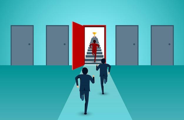 ビジネスマンは、成功の目標に行くドアの色赤への階段を駆け上がる競争です