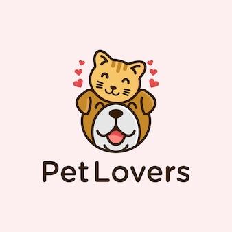 Симпатичные любители домашних животных кошка и собака дизайн логотипа