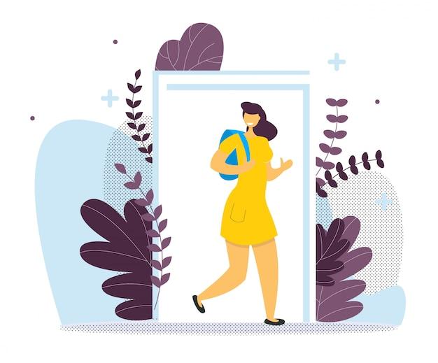 バックパックのドアを持つ学生少女。