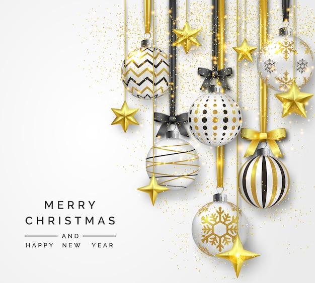Новогодний фон с блестящими звездами, бантами, конфетти и разноцветными шариками