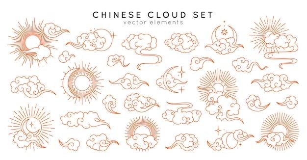 月、太陽、星入りのアジアの雲。東洋の中国語、日本語、韓国風のベクトルコレクション