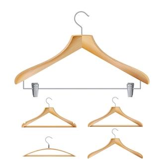Деревянные вешалки для одежды