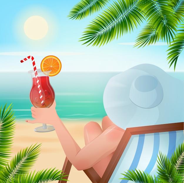 夏の熱帯休日のカクテルを持つ女性