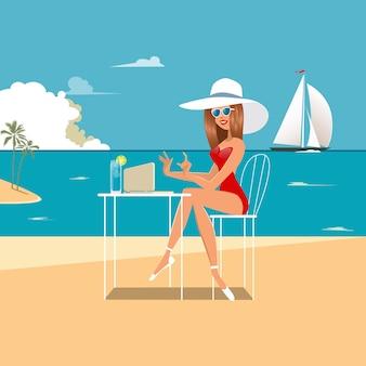 ビーチでラップトップを持つ女性。ビーチで働く女の子。