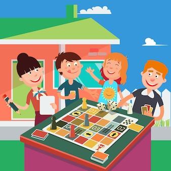 家族のボードゲーム。幸せな家族の週末。