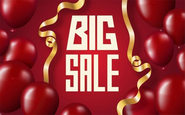 Большая распродажа надписи баннер на красном фоне с алыми воздушными шарами и золотыми изогнутыми лентами