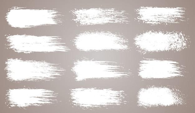 グランジ芸術的なブラシストローク、ブラシのベクトルを設定します。創造的なデザイン要素。グランジ水彩ワイドブラシストローク。分離された白いコレクション