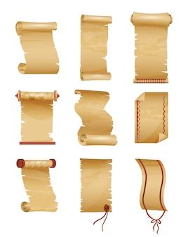 Набор старинных или старых бумажных рулонов.