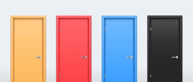 さまざまな色のドア