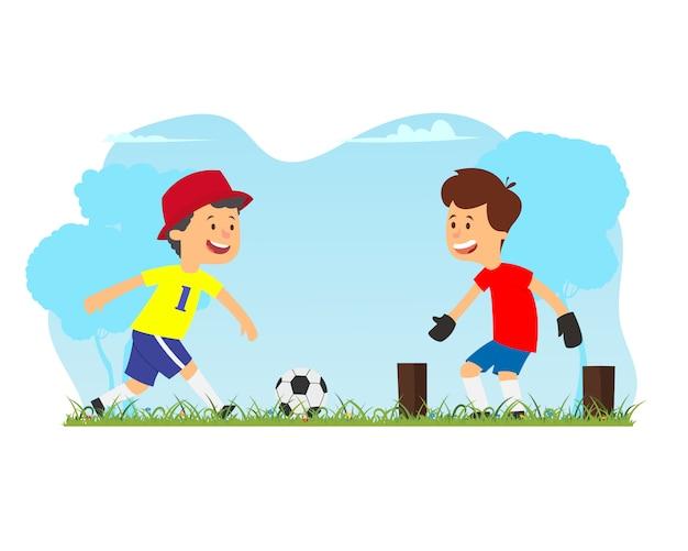 Двое друзей играют в футбол на улице.