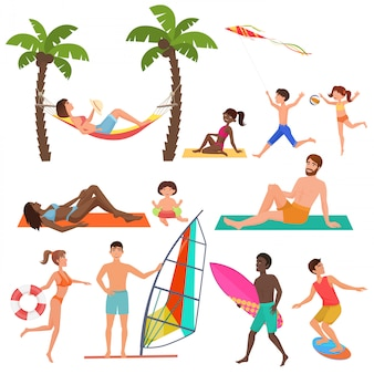 夏のアクティブスポーツビーチの人々
