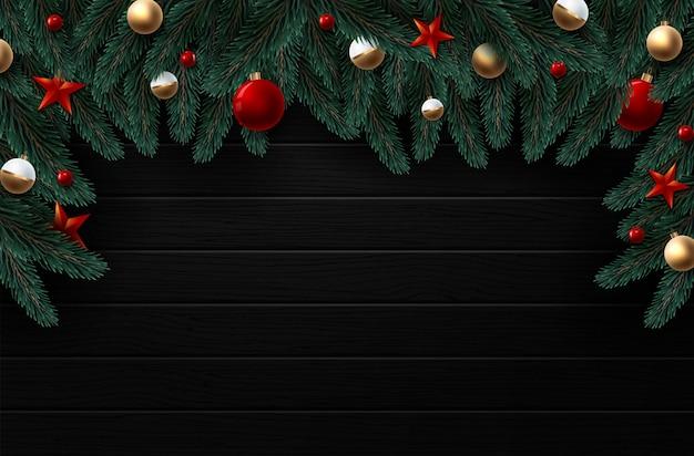 赤と金の装飾、リボンとベリーのクリスマスリース。ウッドテクスチャ