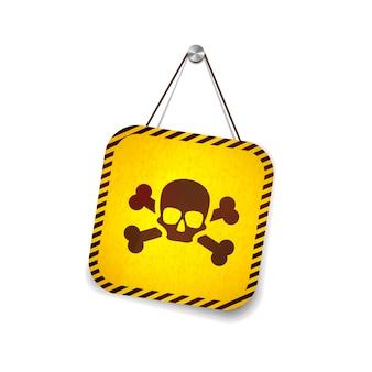 Желтый гранж предупреждающий знак с черепом висит на веревке на белом