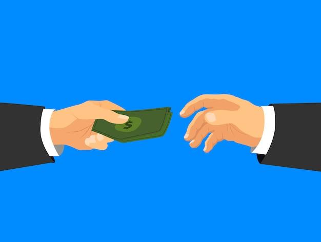 Руки предпринимателя принимают наличные деньги