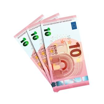 Тридцать евро в пачке банкнот