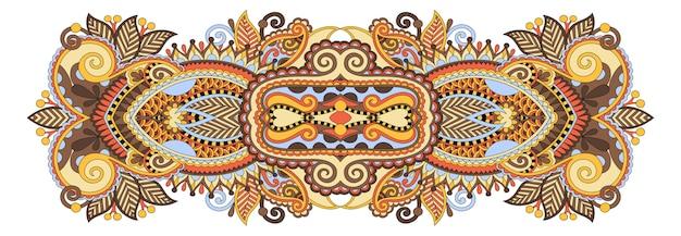 Индийский этнический цветочный узор пейсли
