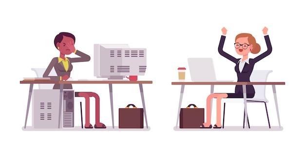 古いものと現代のコンピューターで働く若いビジネスウーマン