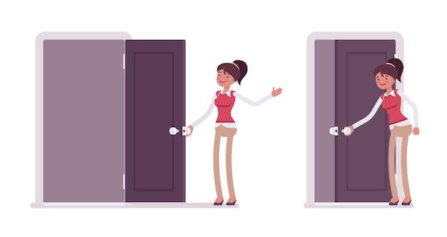 若い女性会社員を開く、ドアを閉じるのセット