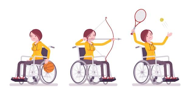Женский молодой пользователь инвалидной коляски делает занятия спортом