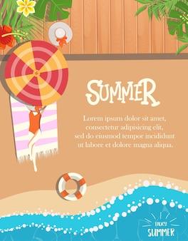 Девушка отдыхает на пляже летом дизайн
