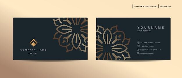 Роскошный дизайн визитной карточки в золотом стиле в стиле минимализм