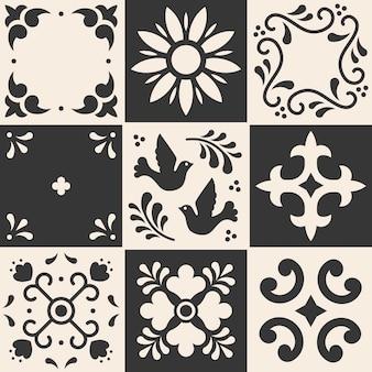 Мексиканская картина талавера. керамическая плитка в традиционном стиле из пуэбла. мексика цветочные мозаика в синий и белый.