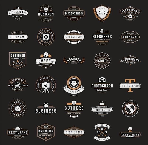 Ретро винтаж логотипы или знаки отличия установлены