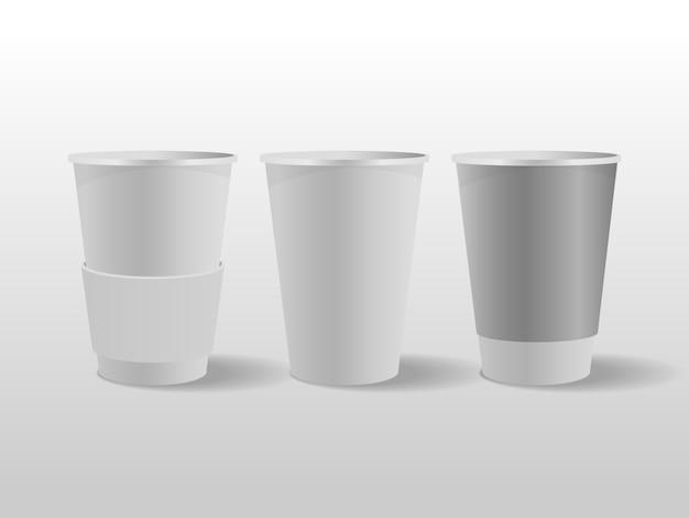 Белые бумажные стаканчики, кофейная чашка.