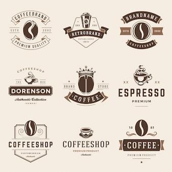 Установленные шаблоны вектора эмблем и значков кофейни.